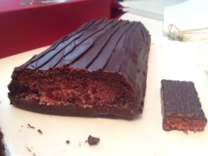 Giant Cherry Ripe cross section